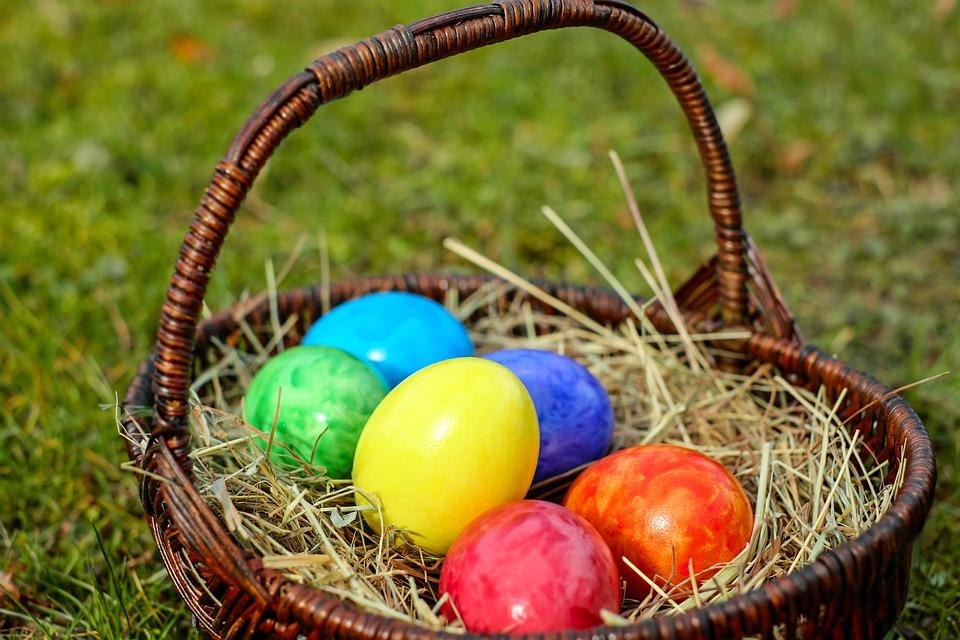 Uova di pasqua dolci preziosi tutte le sorprese dolci preziosi